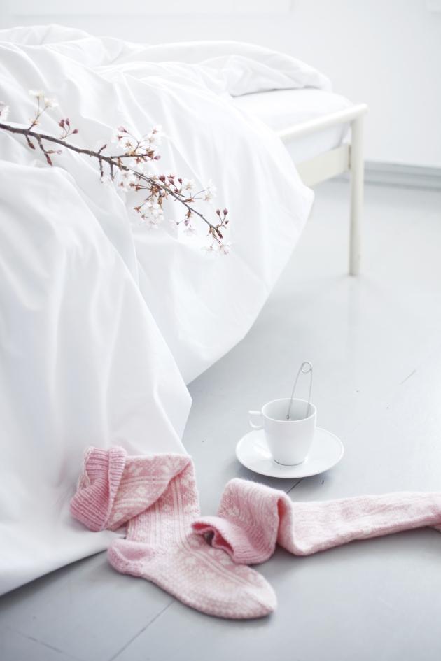 cosy strikk og kopp pastell