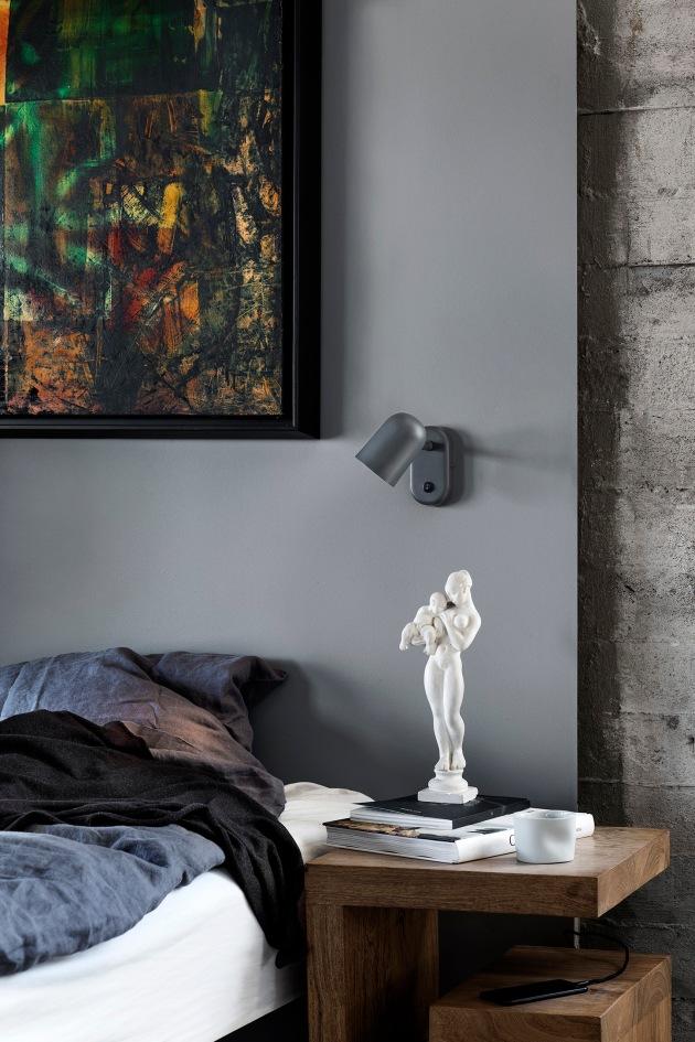 C Nord rom berle kiil Buddy_Wall_Dark_grey_Bedside-Low_res_Photo_Chris-Tonnesen
